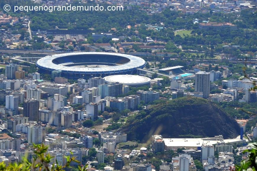 Maracanã (antes da reforma) visto do Sumaré