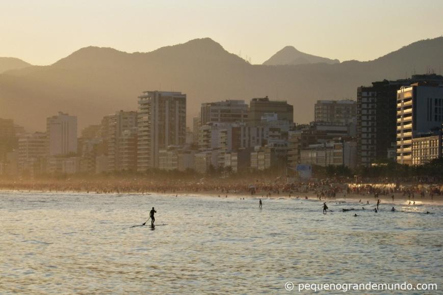 Praia do Arpoador e Ipanema ao pôr-do-sol