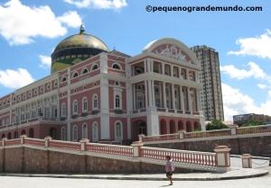 Teatro Amazonas: símbolo do tempo áureo da borracha