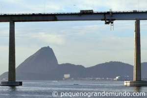 pão de açúcar e ponte Rio-Niterói