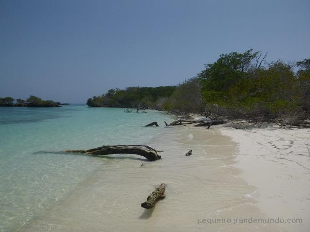 Parque Nacional Isla de Rosario. Paraíso ou não?
