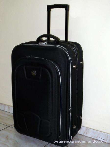Arrumando a mala de viagem  checklist  b0d391fde29