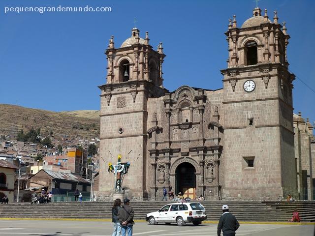 Catedral de Puno, na Plaza de Armas