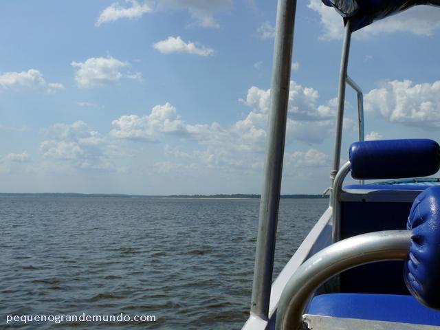 barco para Praia da Lua, Manaus
