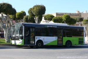 Ônibus Malta