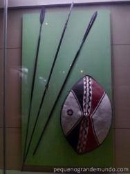 Lanças e escudo Masai
